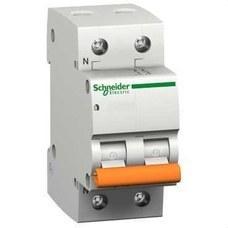 SCHNEIDER ELEC 12514 Interruptor magnetotérmico DOMAE 6kA C 2P 6A