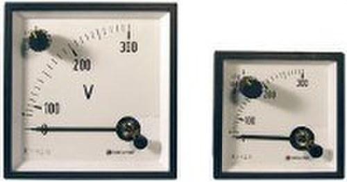 Voltímetro con conmutador EC96 FNIII + neutro 500V para medida en corriente alterna