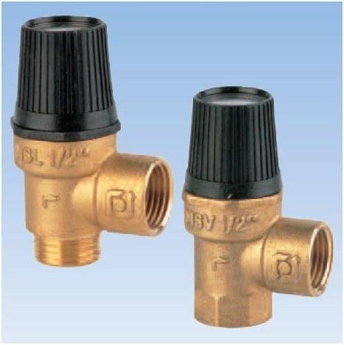 Válvula de seguridad de membrana ordinaria 1/2 H-H 3bar con cuerpo en latón y pomo de descarga manual en plástico PN11