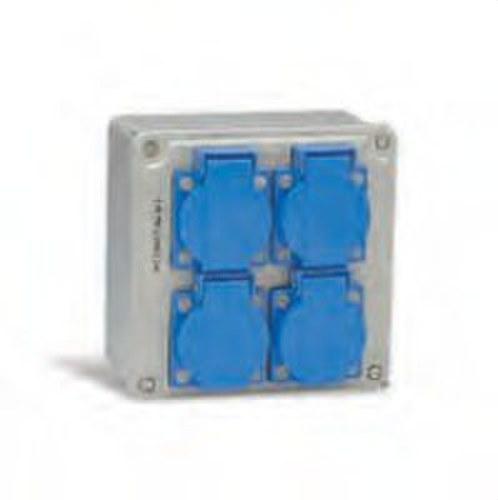 Caja 130x130 con 4 bases 2P+TT lateral 16A