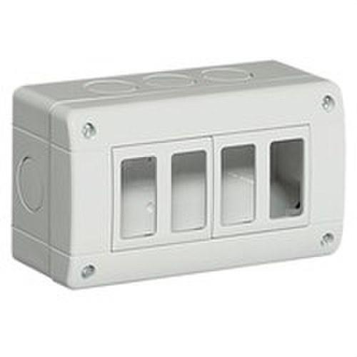 Caja IP40 horizontal con 4 elementos MATIX