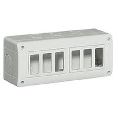 Caja IP40 horizontal con 6 elementos MATIX