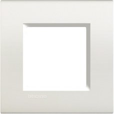 BTICINO LNA4802BI Placa con 2 módulos neutros en color blanco