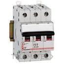 INTERRUPTOR AUTOMATICO MAGNETOTERMICO ICP-M TRIPOLAR 30A LEXIC con referencia 603054 de la marca LEGRAND.