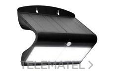 LUCECO LEXS80B40-01 LUCECO SOLAR GUARDIAN PIR WALL FLOODLIGHT BLACK IP44 6.8W 750LM 4000K STD