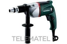 Atornillador USE8 550W 40Nm con referencia 620002000 de la marca METABO.